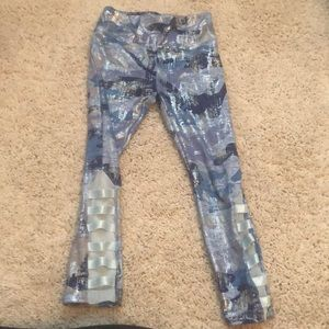 Girls Justice stretch foil leggings size 6